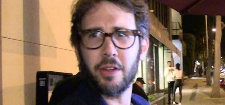 josh-groban-gets-5-year-restraining-order-against-obsessed-fan