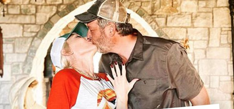 gwen-stefani-announces-engagement-to-blake-shelton