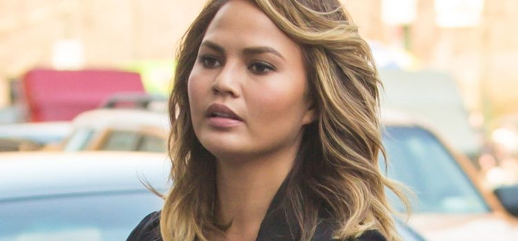 chrissy-teigen-describes-heartbreaking-moment-she-said-goodbye-to-son-jack