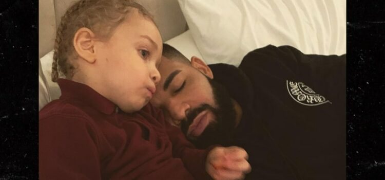 drake-and-adonis-share-sweet-moment-in-this-photo