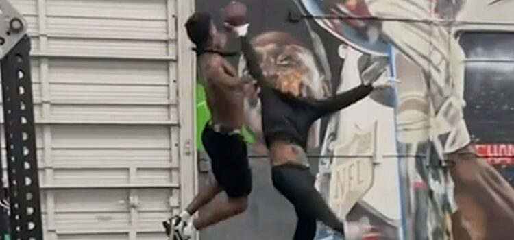 antonio-brown-roasted-for-working-out-with-6ix9ine,-'oh-hell-no'